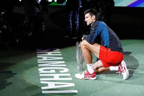 Conquista Djokovic cuarta corona en Shanghai, un nuevo récord