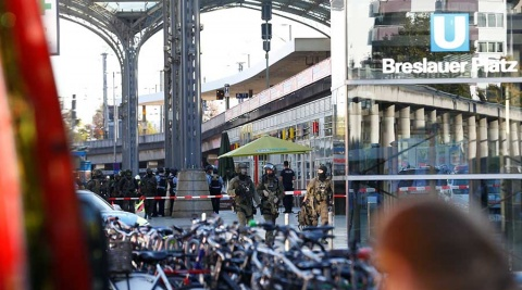 Policía alemana pone fin a toma de rehén en estación de trenes