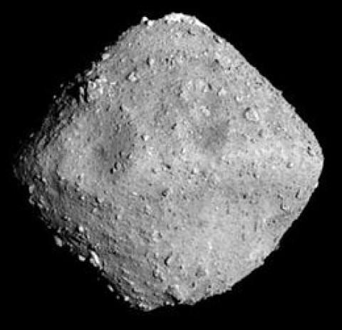 NASA advierte: tres gigantescos asteroides se aproximan a la Tierra