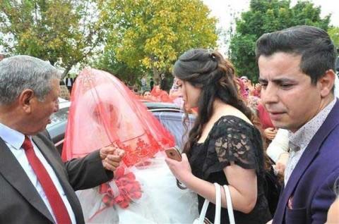 Celebra la boda de su vigésimo cuarto hijo... y van sus 200 nietos