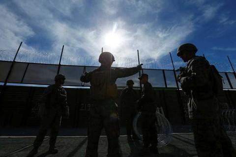 EU reabre cruce fronterizo de San Ysidro tras colocar material de reforzamiento