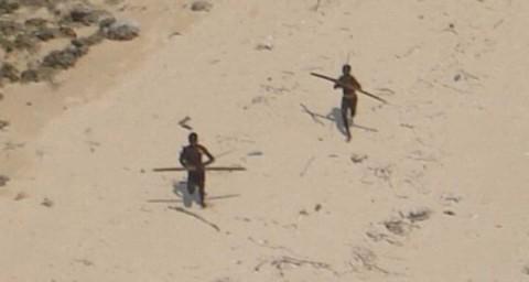 Misionero intenta evangelizar a tribu aislada y lo matan a flechazos