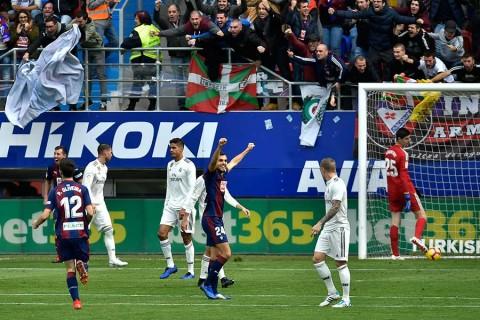 El Eibar golea 3-0 al Real Madrid