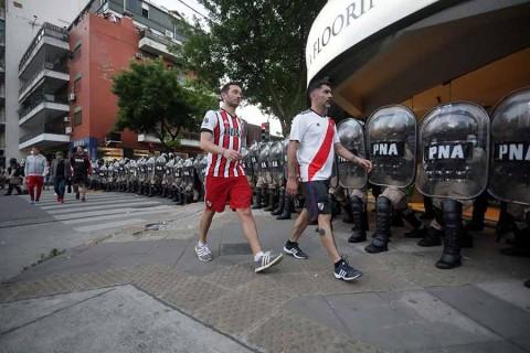 Boca Juniors reclama suspender la final de la Copa Libertadores