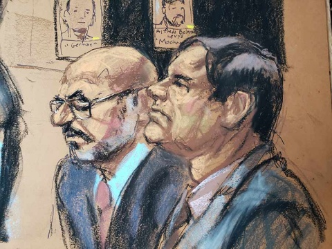 Denuncian que 'El Chapo' rompió aislamiento y contactó a su esposa
