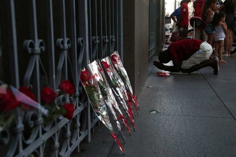 Suben a 6 los muertos por tiroteo en catedral de Brasil