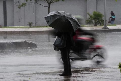 Para el Pacífico Sur cielo nublado por la tarde, con tormentas puntuales muy fuertes en Oaxaca y Chiapas. Foto: Cuartoscuro