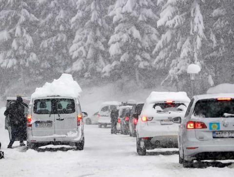 Nevadas causan caos en Alemania y Austria