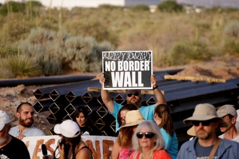 Trump visitará frontera con México este jueves