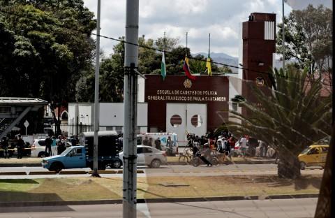 atentado en escuela de colombia