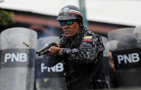 Denuncian arresto de más de 80 niños en protestas contra Maduro