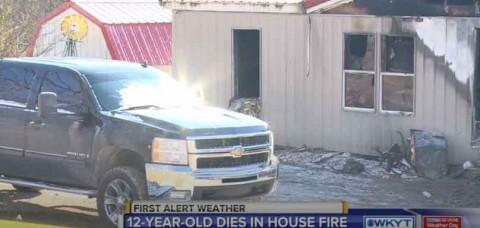 Niño muere en incendio al intentar salvar a su perro