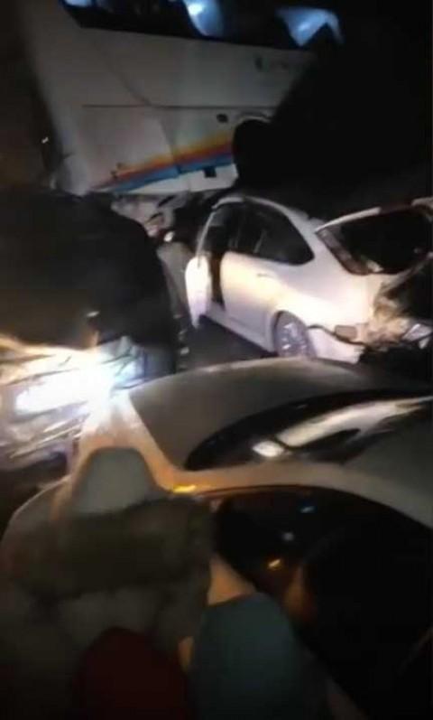 Varios choques múltiples en China dejan al menos 13 muertos