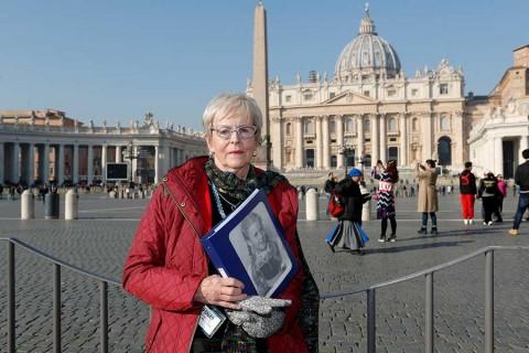Víctimas de abusos exigen tolerancia cero al Papa