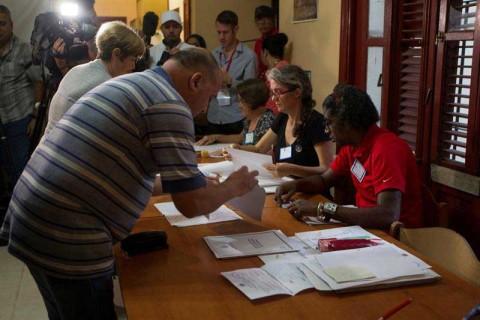 Cuba va a las urnas a refrendar reforma a Constitución
