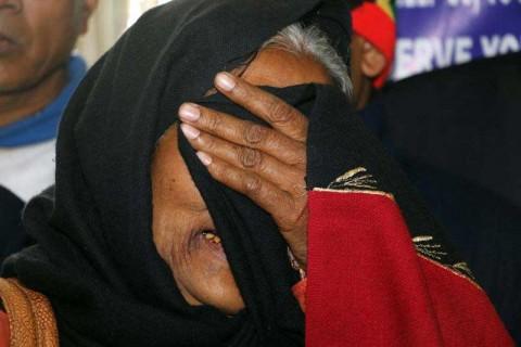 Van 150 muertos en India por nuevo caso de alcohol adulterado