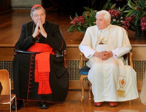 Ordena Papa que cardenal Pell no se acerque a menores
