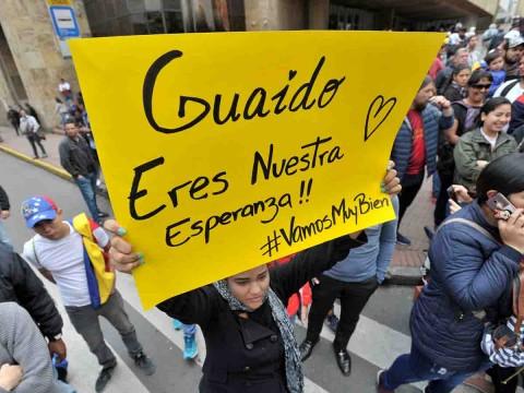 Guaidó anuncia regreso a Venezuela pese a amenazas