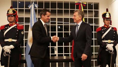 Guaidó convoca a protestas para acompañar su regreso a Venezuela