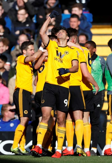 Raúl Jiménez anota de nuevo y los Wolves empatan con el Chelsea