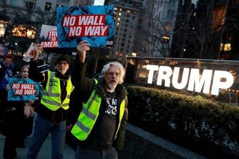 Amenazan demócratas con nuevo cierre de gobierno si Donald Trump insiste en el muro fronterizo