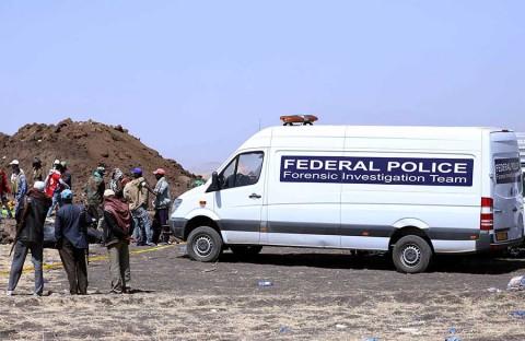 Recuperan caja negra de avión que se estrelló en Etiopía
