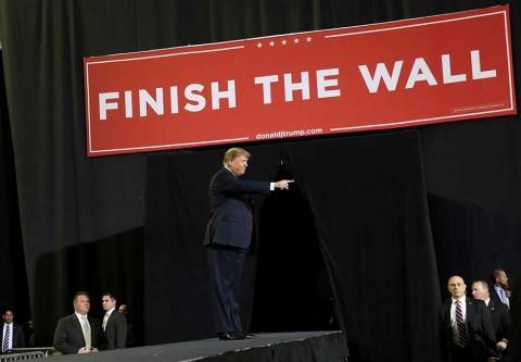 Trump prioriza muro fronterizo y apoyo a Venezuela en presupuesto