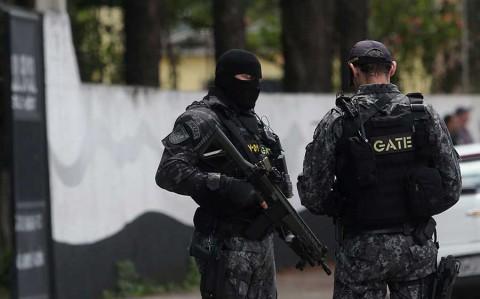 Suman 10 muertos por tiroteo en escuela de Brasil