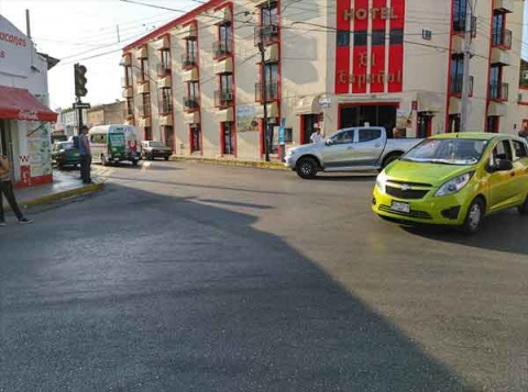 La Secretaria de Seguridad pública (SSP) pidió transitar con cuidado ya que los semáforos no están funcionando.