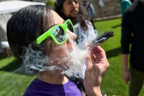Tabaco vs. mariguana: Esto dice la ciencia