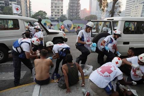 Convoca Guaidó a 'marcha más grande de la historia'
