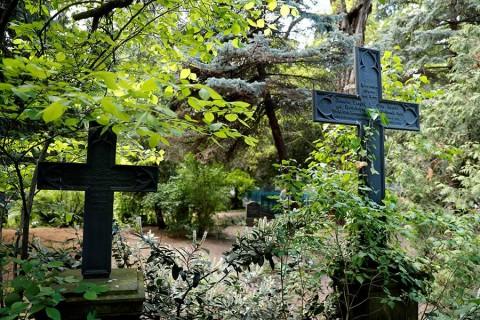 Dan sepultura simbólica a cientos de víctimas de los nazis en Alemania