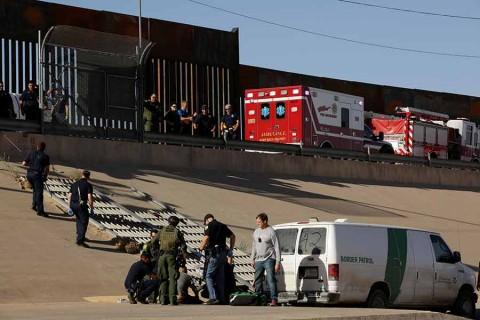 Desplegará EU más refuerzos en frontera con México