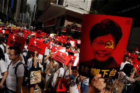 Arrecian protestas en Hong Kong por ley de extradición a China