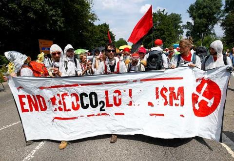 Miles protestan contra el cambio climático en Alemania