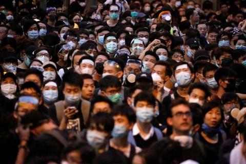 Manifestantes de Hong Kong lanzan llamado al G20
