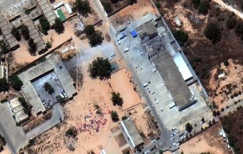 Bombardeo en Libia deja más de 40 migrantes muertos