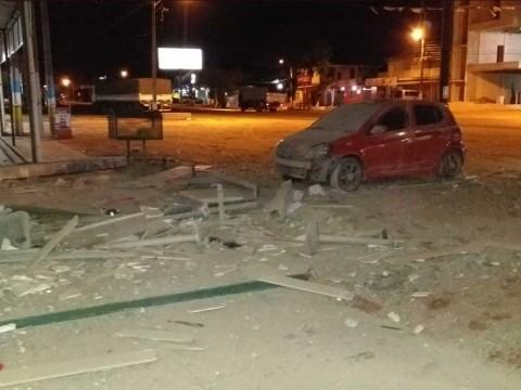 Comando asalta un banco en Paraguay a bombazos