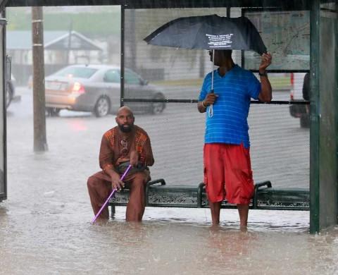 Nueva Orleans espera la tormenta tropical 'Barry'; Trump decreta emergencia