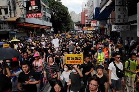 Manifestantes antigubernamentales vuelven a la carga en Hong Kong