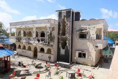 Ataque terrorista contra hotel en Somalia deja al menos 26 muertos