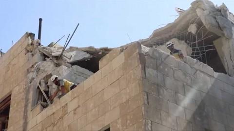 Bombardeo de Rusia contra mercado en Siria deja al menos 37 muertos