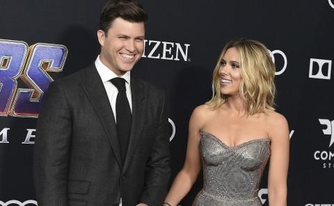Scarlett Johansson presume carísimo anillo de compromiso