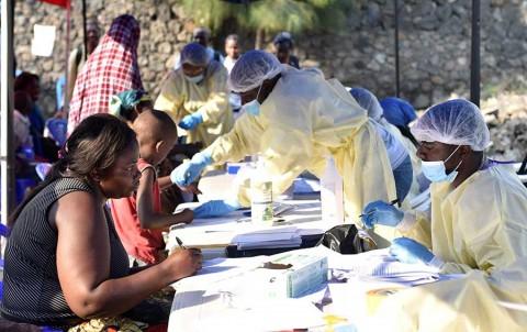 Epidemia de ébola en el Congo cumple un año y la crisis empeora