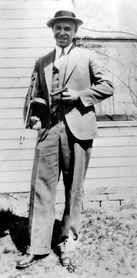 Exhumarán restos del célebre gángster John Dillinger