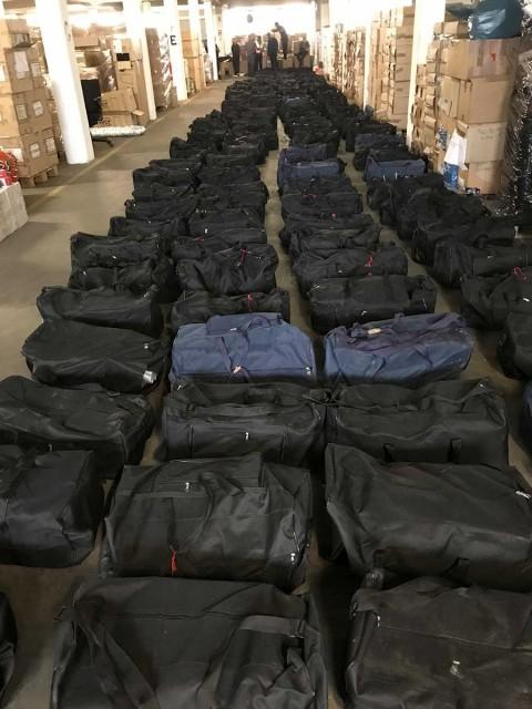 Confisca Alemania cargamento récord de cocaína