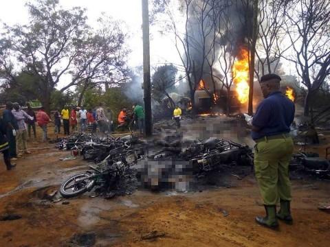 Al menos 60 muertos por explosión de pipa en Tanzania