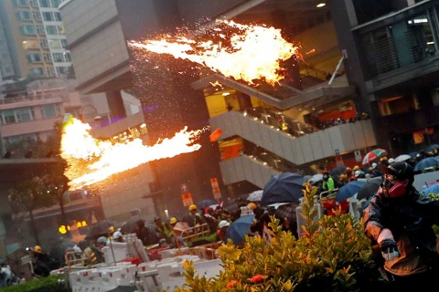 Promete China respetar autonomía de Hong Kong