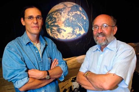 Tres expertos del cosmos ganan el Nobel de Física
