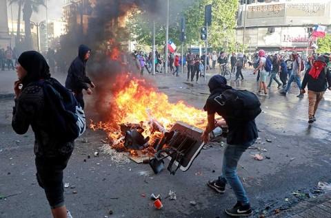 Cancela Chile organización de cumbres de APEC y COP-25 por protestas